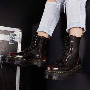 低至4折 收加绒款马丁靴法国黑五:Dr.Martens 精选大促 显腿细的爆款马丁靴速速来收
