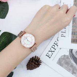限时秒杀¥919ARMANI 满天星系列 珍珠贝母石英女士手表