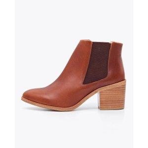 Heeled Chelsea Boot Brandy