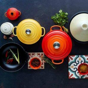 低至7.5折 入经典圆形锅,锅中LVLe Creuset 全线高颜值珐琅炖锅、餐具热卖