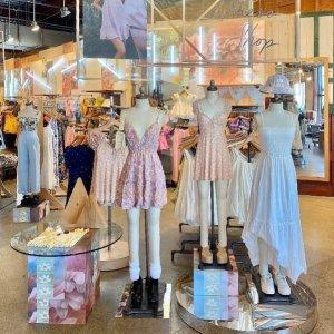 低至3折 连衣裙$19.99起Urban Outfitters 精选夏季小裙子特卖