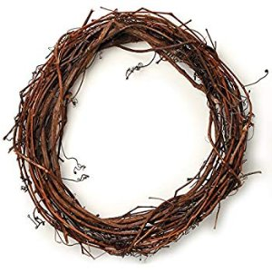 Amazon.com: Grapevine Wreath Set – 3-Piece Vine Branch Wreath, Decorative Wooden Twig for Craft, Decor, Door, House, Holiday – 3 Sizes, Large, Medium, Small: Home & Kitchen