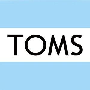 低至5折+额外75折最后一天:TOMS官网 明星帆布鞋 时尚舒适两不误