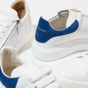 低至5折+额外8折 新款小白鞋收起来Alexander McQueen 11.11好折来袭 繁花与骷髅之美