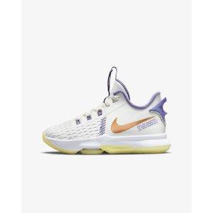NikeLeBron Witness 5 大童篮球鞋