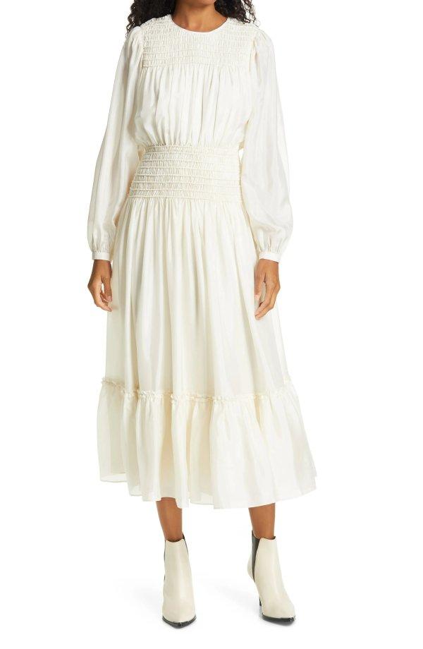 长袖收腰连衣裙