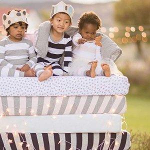 $10.49(原价$19.95)Burt's Bees Baby 有机棉婴幼儿床垫罩