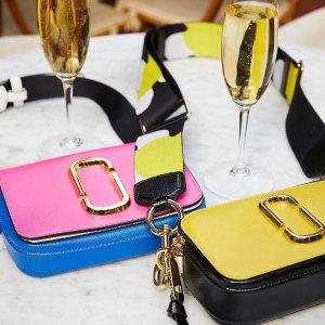 满额7.5折 新配色上市10周年独家:Marc Jacobs 相机包、卡包等热卖