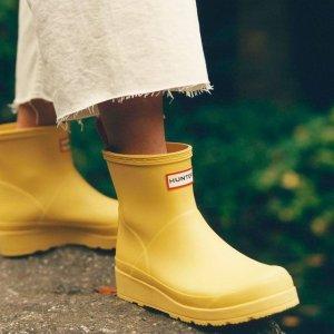 5折起 €27收logoT恤Hunter 时尚雨靴 从此爱上下雨天 €42收大童款雨靴