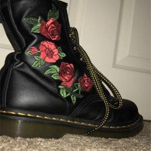 Dr. Martens仅剩uk31460女款马丁靴