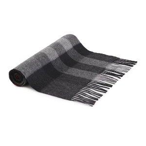 Burberry满$750享7.6折格纹羊毛围巾