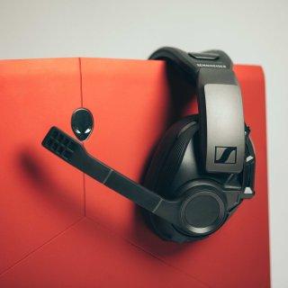 玩家的听觉外挂,孤独的顶级体验Sennheiser GSP 670 专业级游戏耳机 开箱测评