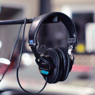 近期低价¥554Sony MDR7506 专业监听降噪耳机 周杰伦王菲同款