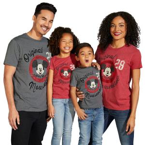 买一件第二件5折迪士尼官网 儿童和成人T恤优惠