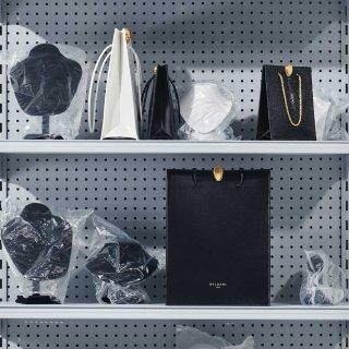 限量包袋系列Alexander Wang x Bvlgari 合作款发售