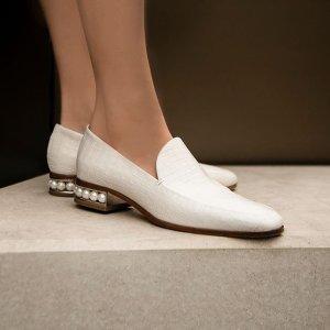Nicholas Kirkwood珍珠乐福鞋