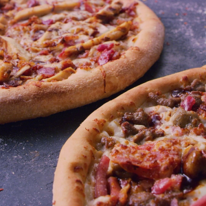 大尺寸两张只需$22Papa John's Pizza 限时特惠,小长假肥宅快乐好选择