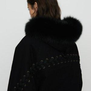 毛领绑带大衣