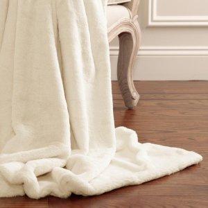 The Home Depot 精选床品套装、毛毯及冬季家居服