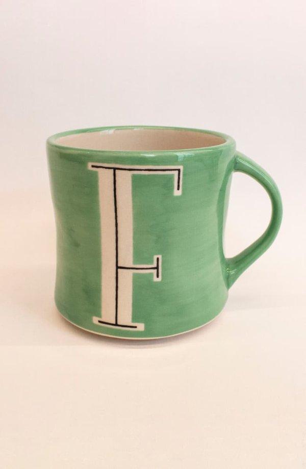 字母马克杯