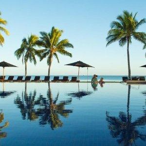 $1299起 全球十大蜜月旅游胜地斐济8天旅行套餐 含4星酒店+机票