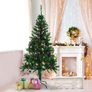 带有装饰装,包括装饰球,松果,铃铛和鼓室内圣诞树 6英寸高