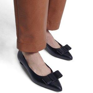 精选7折 黑色$304SALVATORE FERRAGAMO 蝴蝶结单鞋 驾驭任何场合