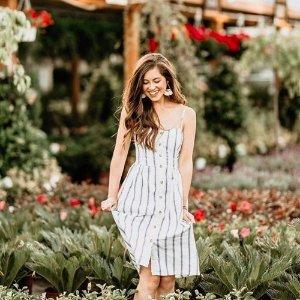 短袖低至$13.6 连衣裙低至$35Abercrombie & Fitch 精选美裙、美衣限时热卖