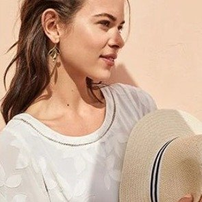 40% Off + Extra 15% Off on Dresses The Summer Countdown@Ann Taylor
