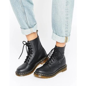 Dr Martens8孔马丁靴