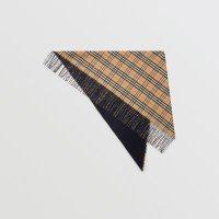 Burberry 格纹羊绒围巾