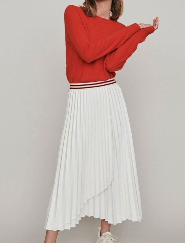 百褶半身裙