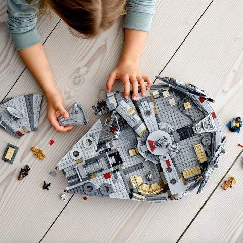 低至4折 €161收封面千年隼Lego 星球大战、哈利波特系列神仙价 哈迷、星战粉丝别错过