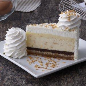 $4.35起 原味、辣味炸鸡汉堡上新:The Cheesecake Factory 椰子奶油派、Reese's芝士蛋糕