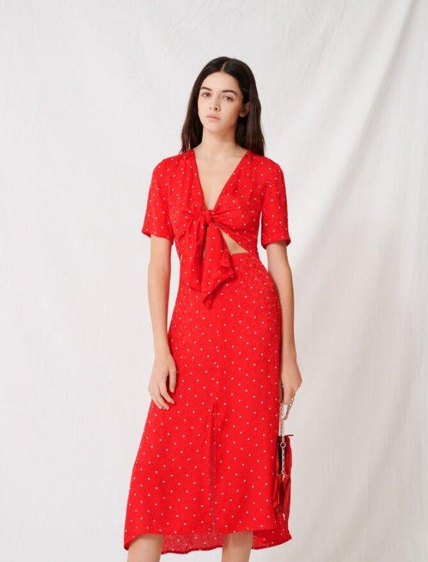 红色波点连衣裙