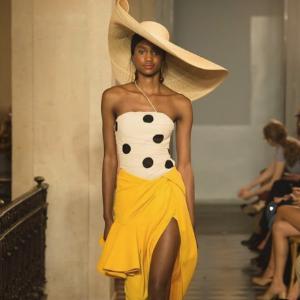 低至6折 时尚圈最爱建筑感美衣Jacquemus 美衣美鞋热卖 不对称设计