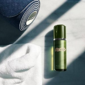 Free a deluxe mini Concentratewith $200 purchase @ La Mer