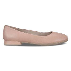 ECCO平底鞋