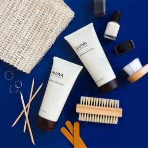 40% OffSitewide @AHAVA