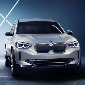 BMW: 我们有电动版X3奔驰率先推出EQC电动SUV 看宝马如何应对