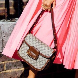 马蹄斜挎包£400收Gucci 包惊喜热卖中 超多款式等你来 热门款齐补货