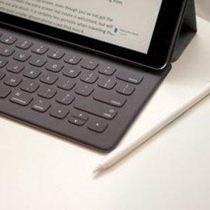 $149(原价$245)提高办公效率苹果官方 iPad Pro 12.9寸 外接键盘 平板摇身变电脑
