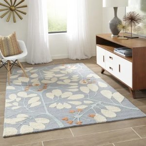 Oralia: transitional Floral rectangle Area Rug