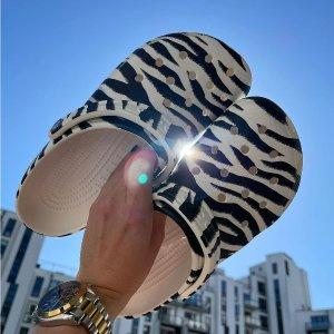 6折起+限时包邮 低至€13.59可收法国打折季2021:Crocs 官网夏促 收新款印花洞洞鞋、拖鞋等