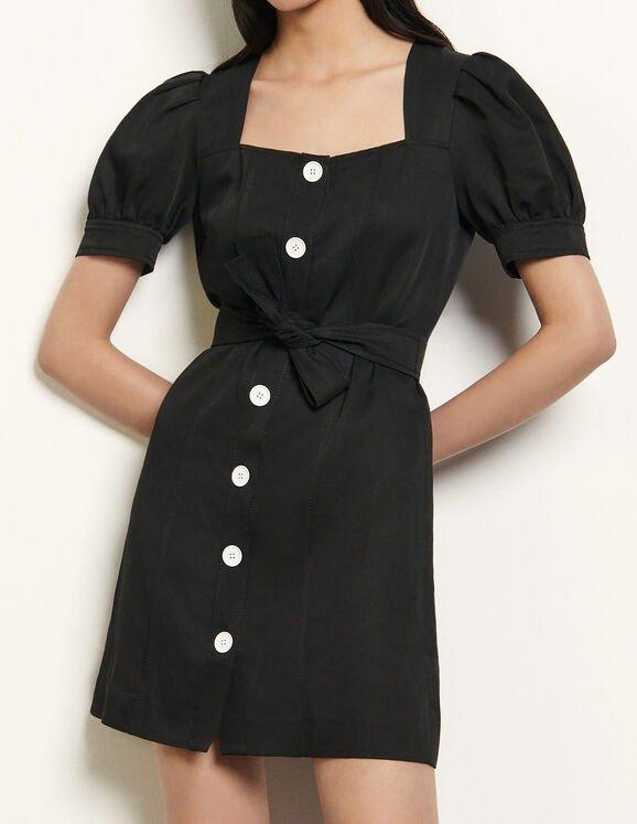 法式泡泡袖连衣裙