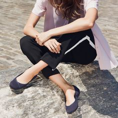 As Low As $20 + Extra $10 OffWomen's Favour Walking Shoes @ Easy Spirit