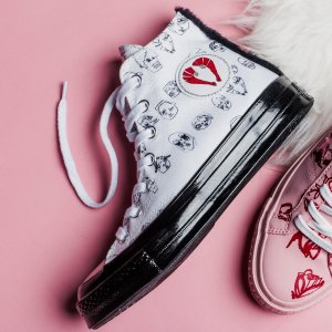 Up to 65% Off + Free ShippingConverse Shoes On Sale