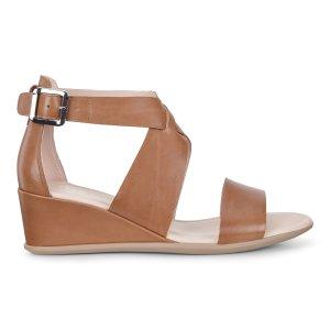 ECCO女款凉鞋