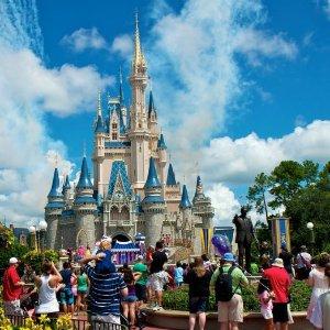 $10 off on $200 or moreOrlando Hotels+Theme park special discount @BestofOrlando