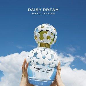 $106.31(原价$125)Marc Jacobs 香水套装特卖 雏菊梦境 花香、果香于一身